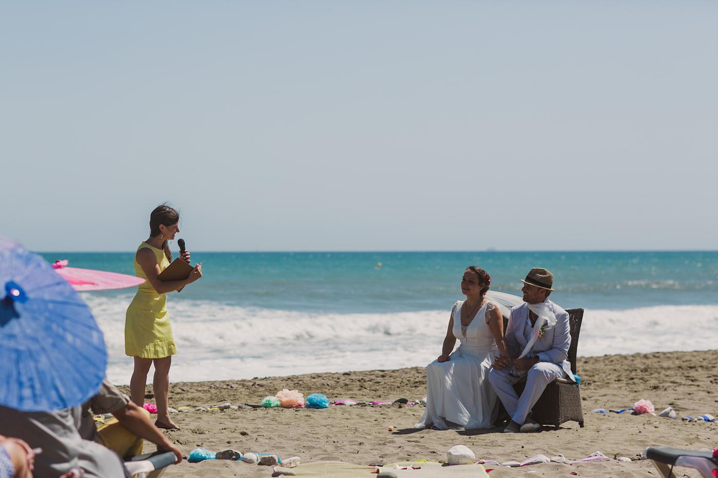 Freie Trauung von Strauß und Fliege international Heiraten am Strand